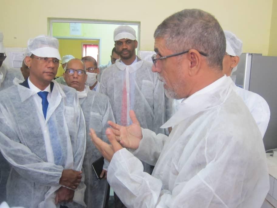 الفريق البرلماني خلال زيارته للمكتب الوطني لتفتيش منتجات الصيد..onispa