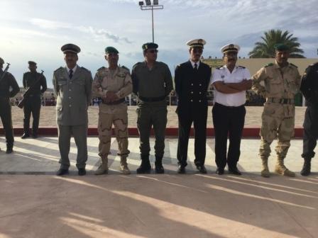قائد تجمع الحرس من اليسار  الي جانب قائد الدرك الوطني وبعض القادة العسكريين
